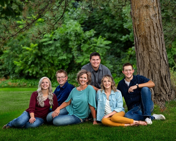 The Applewhite family posed together outdoors at the studio.
